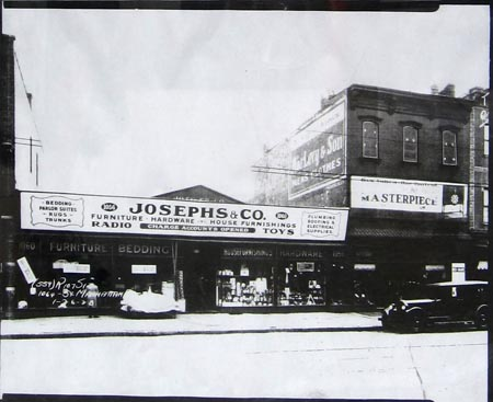J Joseph & Sons at 1056 Manhattan Avenue in 1928. image via NewYorkShitty
