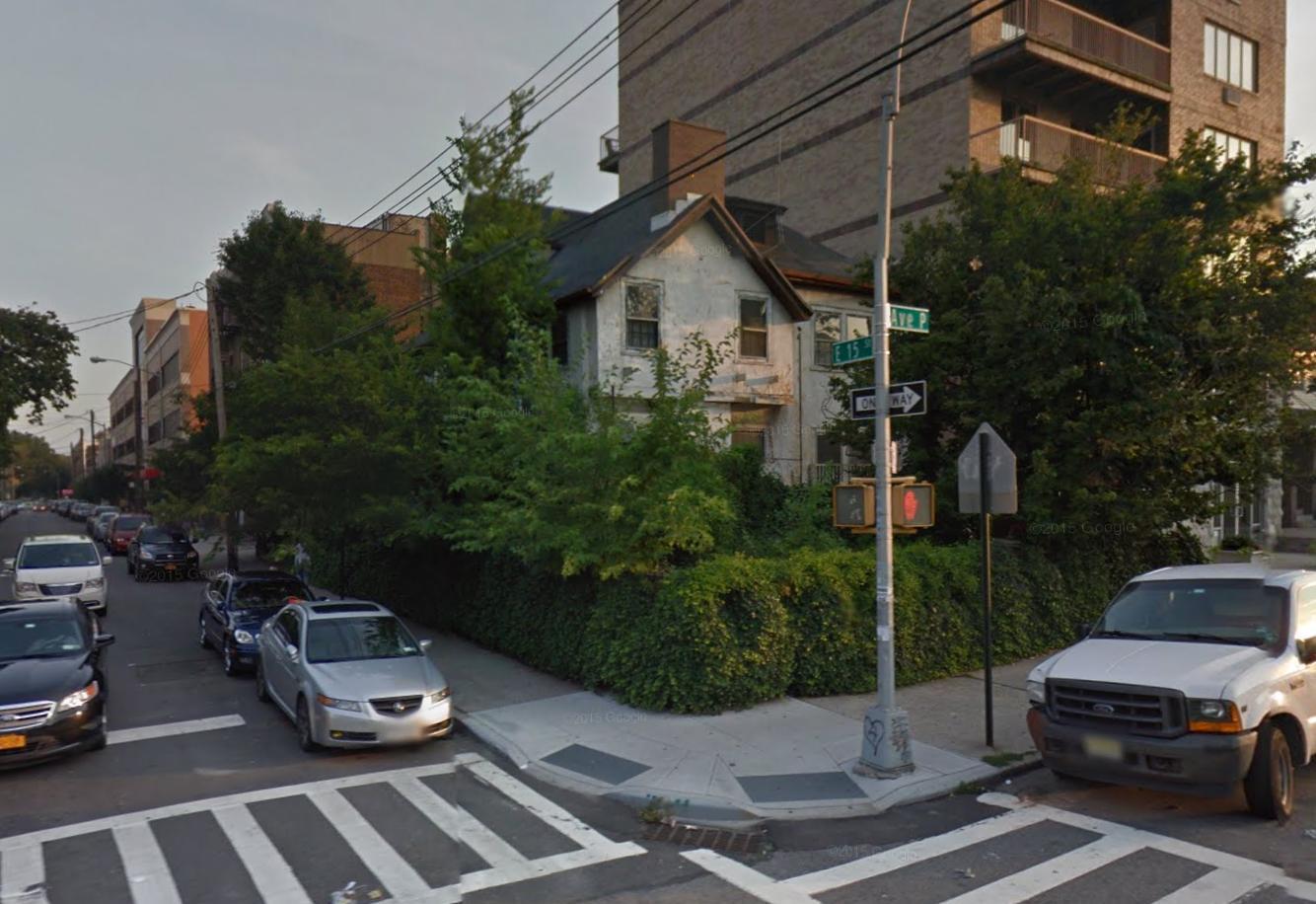 1602 East 15th Street