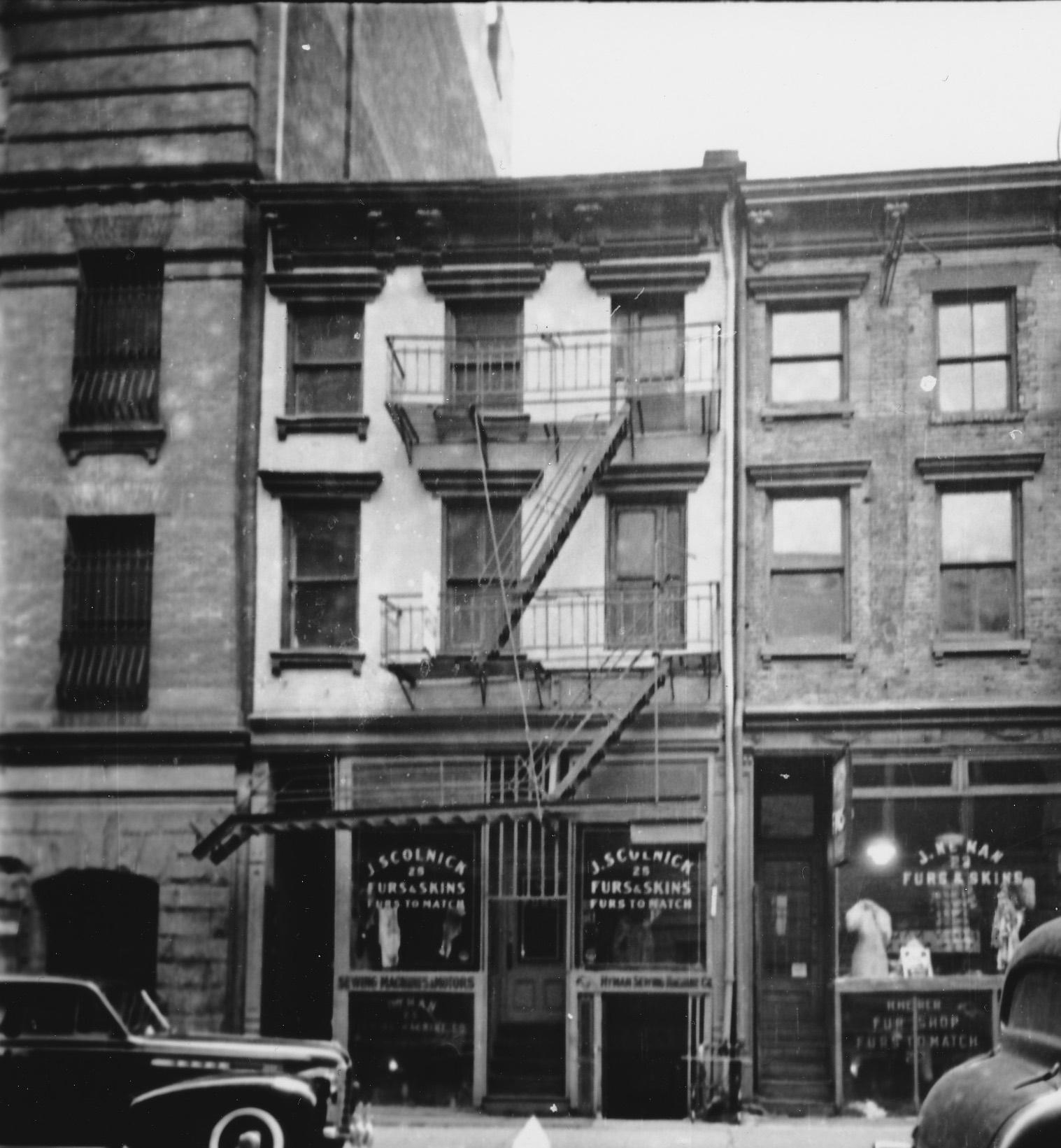 1940s tax photo of 25 Bleecker Street
