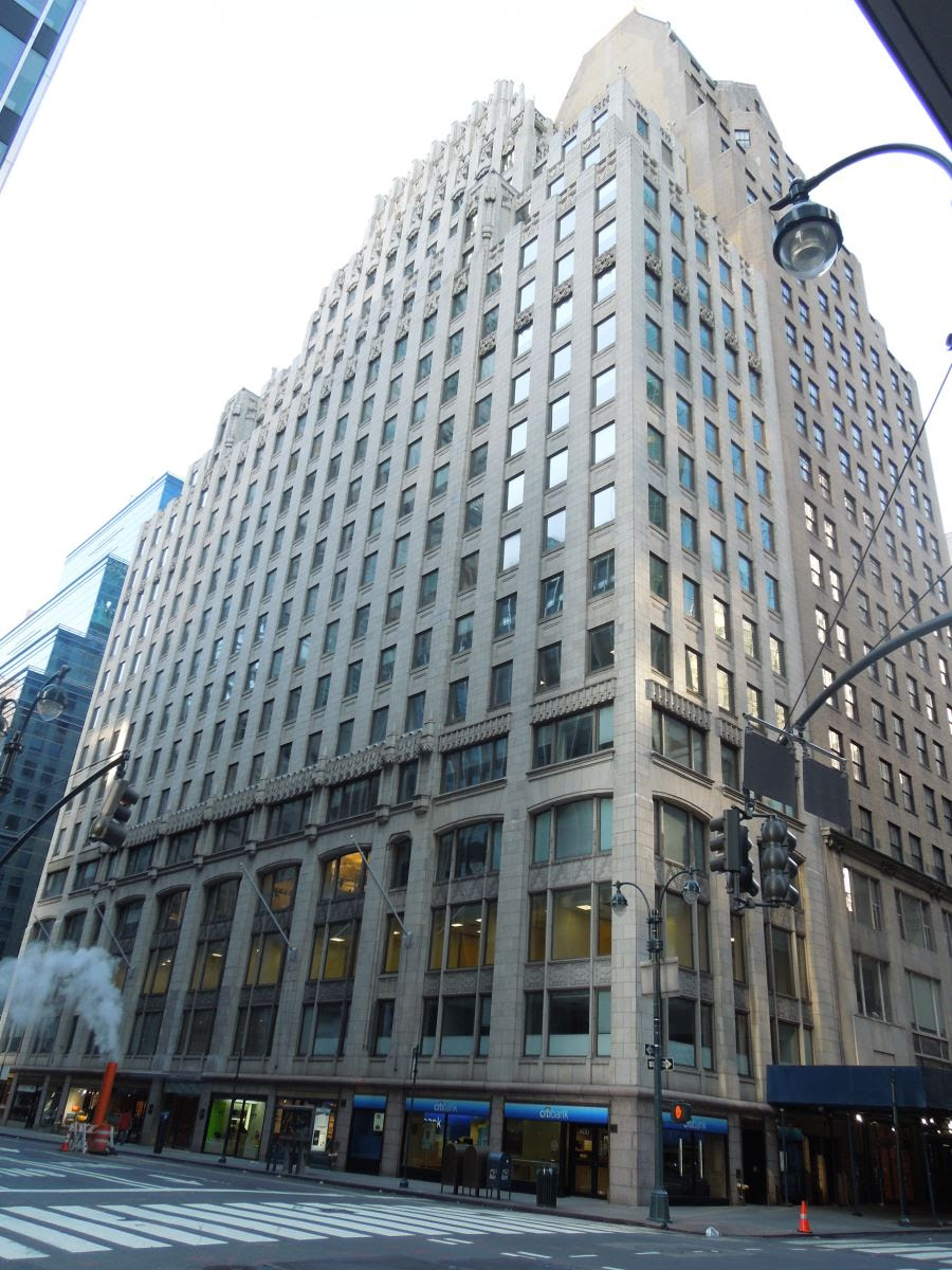 400 Madison Avenue. HDC photo