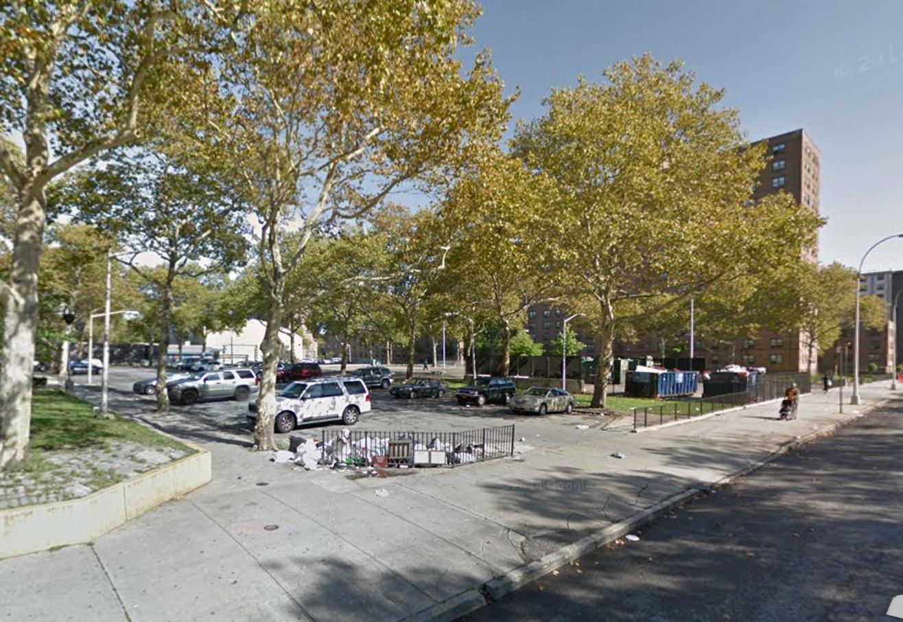 401 Dumont Avenue