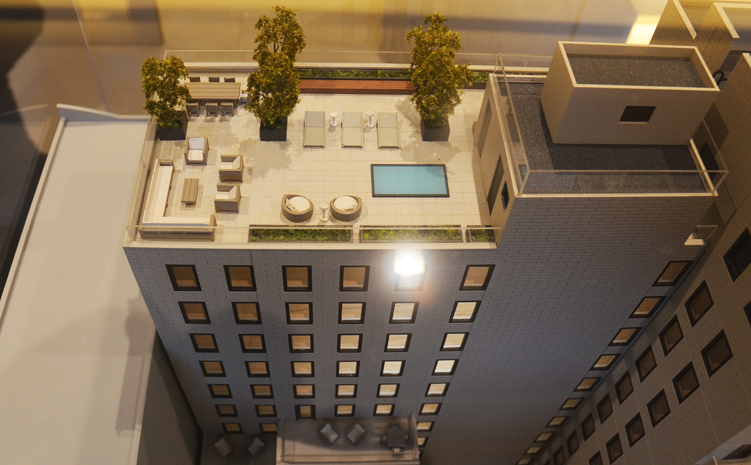 Sales gallery model showing the 19th floor outdoor space at 55 West 17th Street