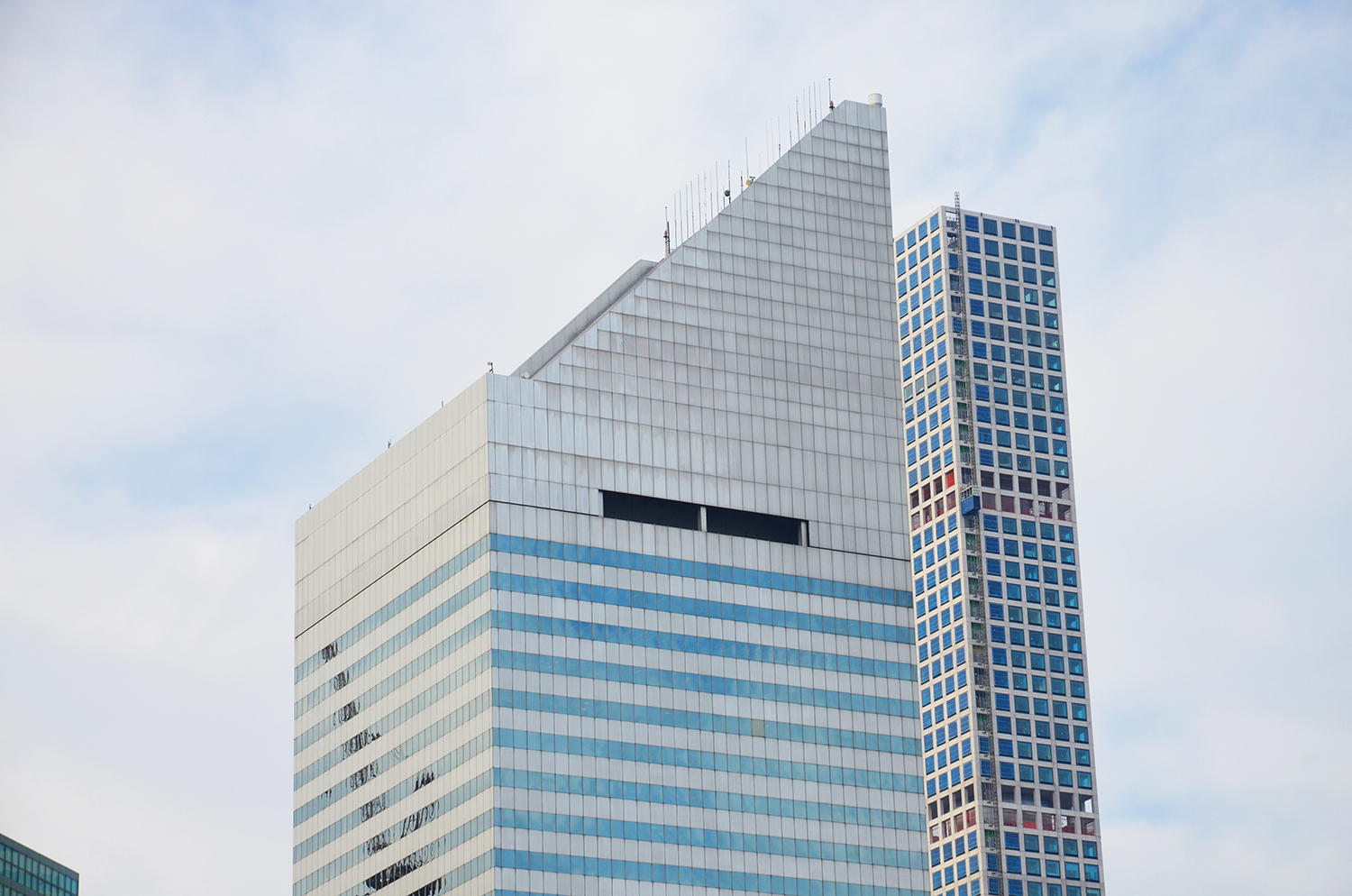 The former Citicorp Center (aka Citigroup Center) at 601 Lexington Avenue as seen in December 2015. Photo by Evan Bindelglass.