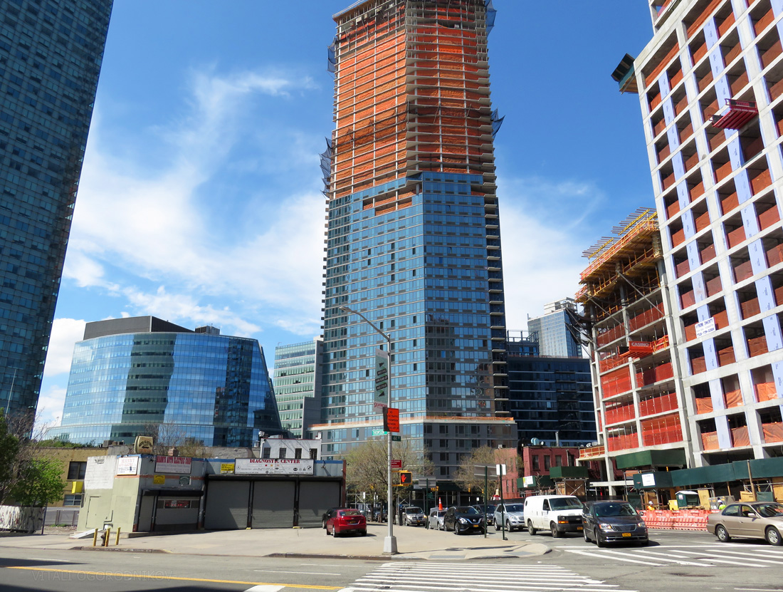 Looking north from the intersection of Thomson Avenue and 44th Drive. From left to right: One Court Square, Two Court Square, Court Square Place, The Halcyon at 43-25 Hunter Street, 23-10 Queens Plaza South (background), Watermark Court Square, The Edison