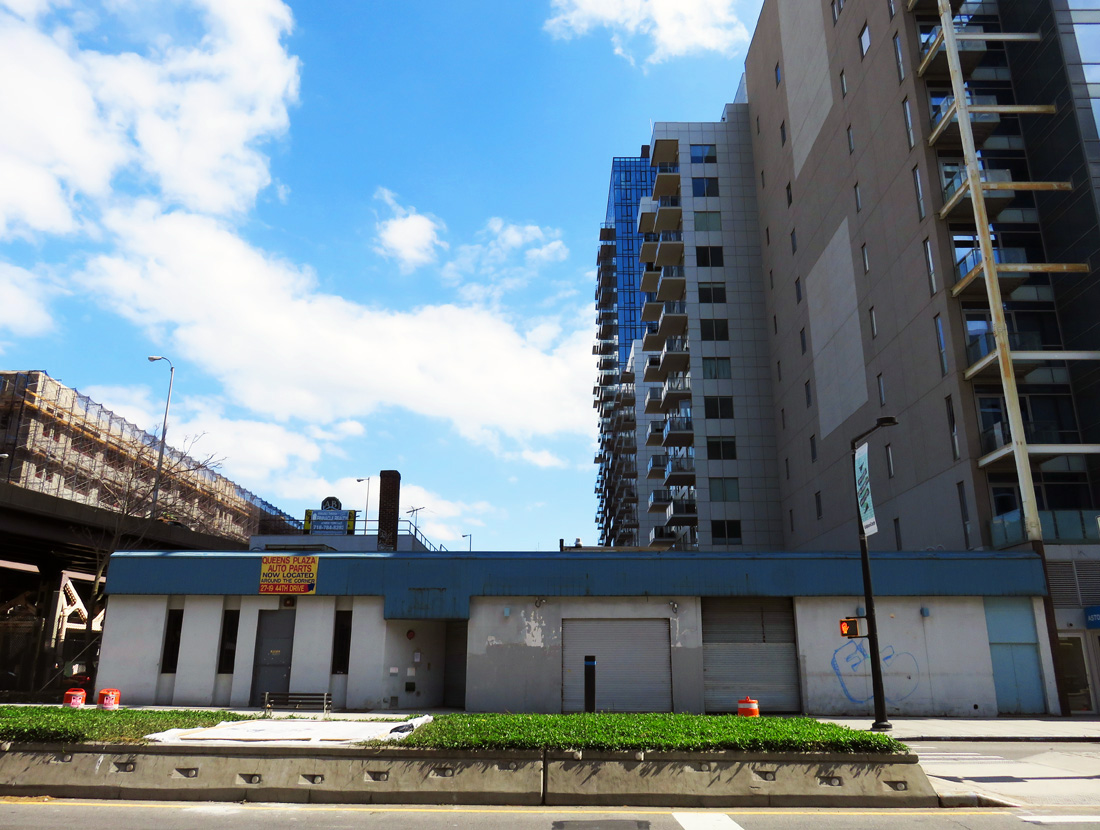 Future site of Jackson East. Looking south across Jackson Avenue.