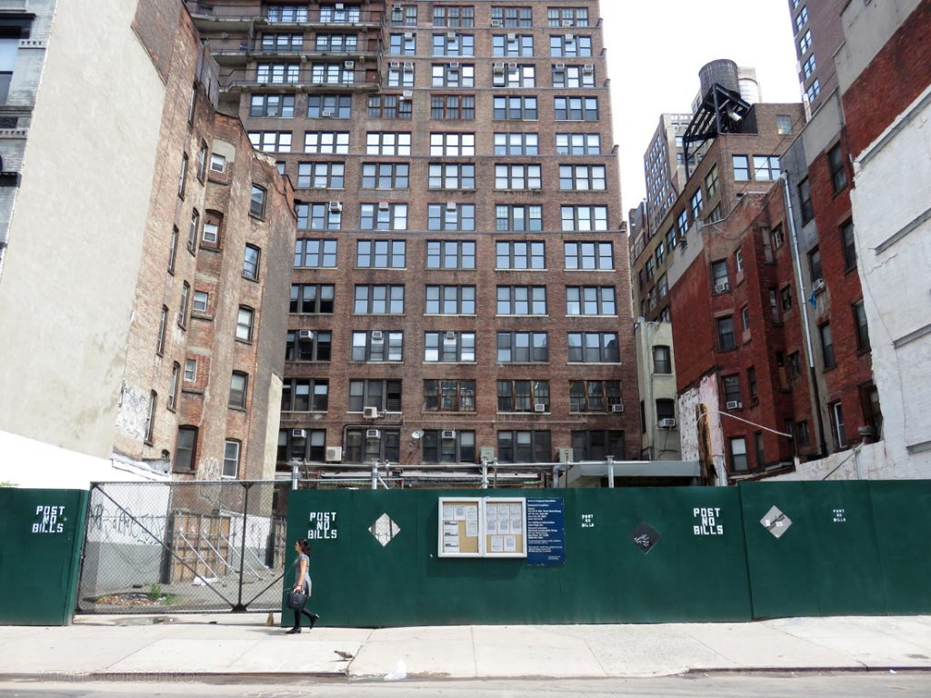 215 West 28th Street. Looking north. Photos by the author.