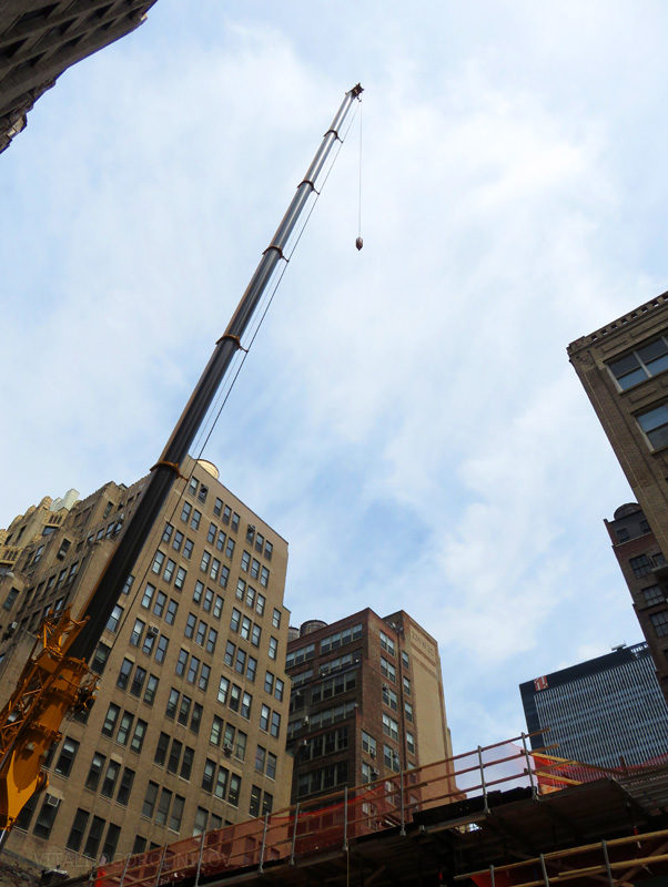 IMG_2474-221-West-29th-Street-UC-2016-05-lookingup-crane-small-wmark