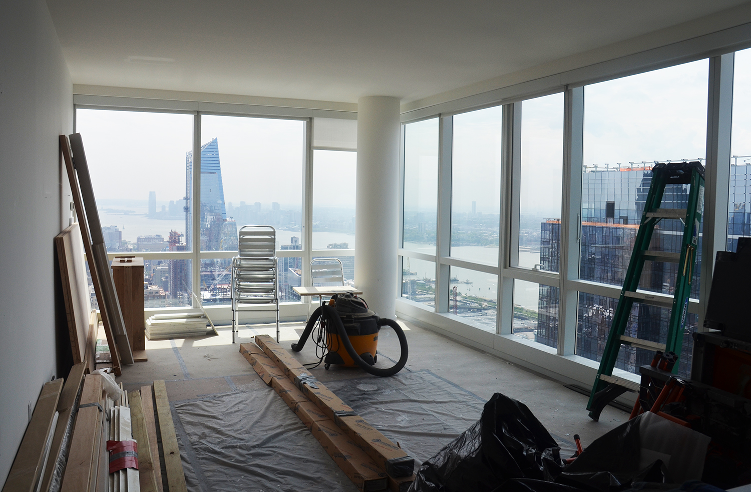 Southwest corner under renovation on the 62nd floor of Manhattan View at MiMA