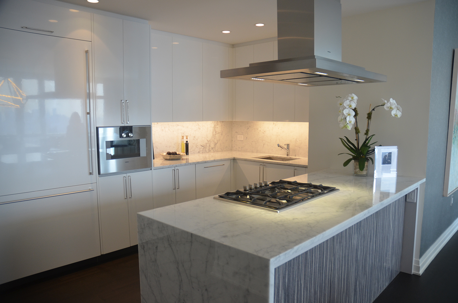 Kitchen in a two-bedroom at Manhattan View at MiMA