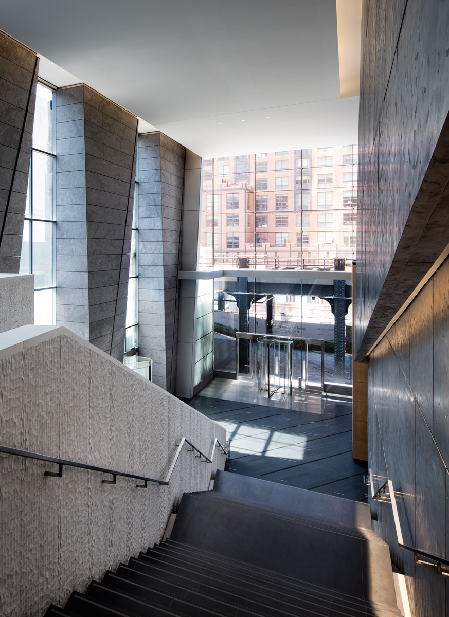 10 Hudson Yards entrance view from upper lobby, (c) Steve Freihon for Related-Oxford