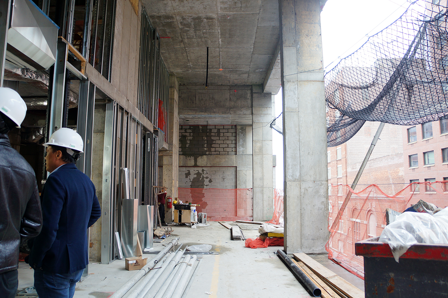 Ceilings at the Soori High Line will range from 14 to 18 feet tall. Here's an 18-foot-tall duplex.