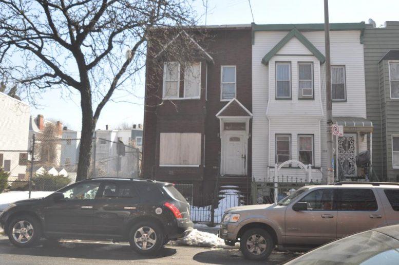 1048 Jefferson Avenue