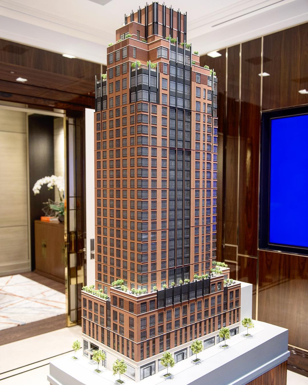 Mixed-Use Tower Rises to 13th Floor