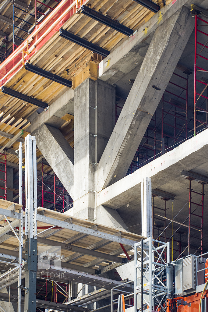 Close-up of the exoskeleton at under-construction 53W53. Photo by Tectonic