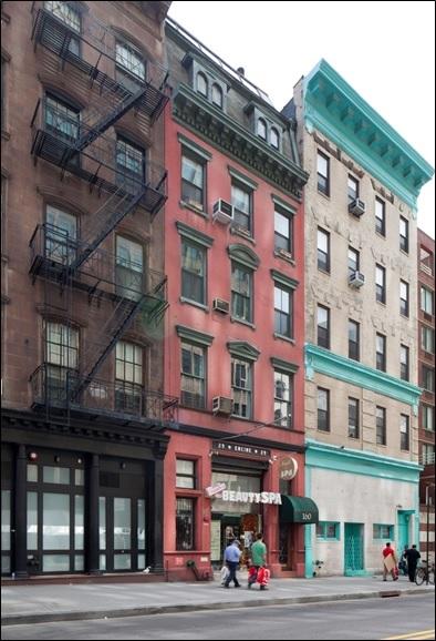 160 Chambers Street. LPC photo