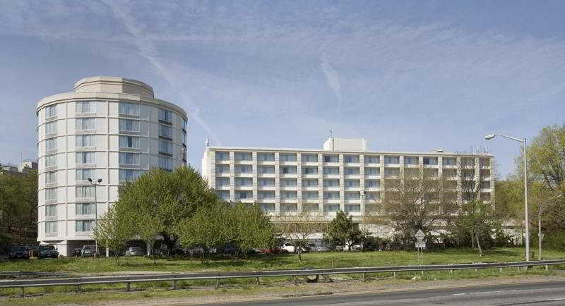 Former Hotel Getting New Life As Six Story 93 Key Ibis
