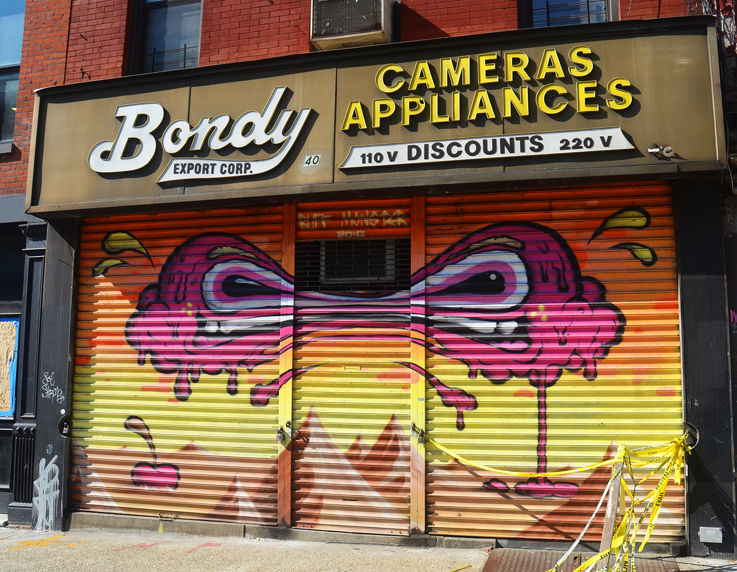 100 Gates - Bondy Export Corp at 40 Canal Street by Buff Monster