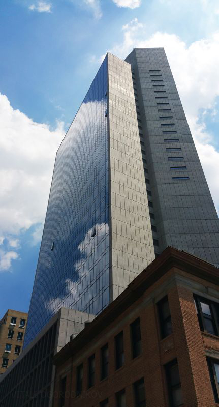 20160717_123502-Marriott-LIC-lookingup-tothene-small-wmark