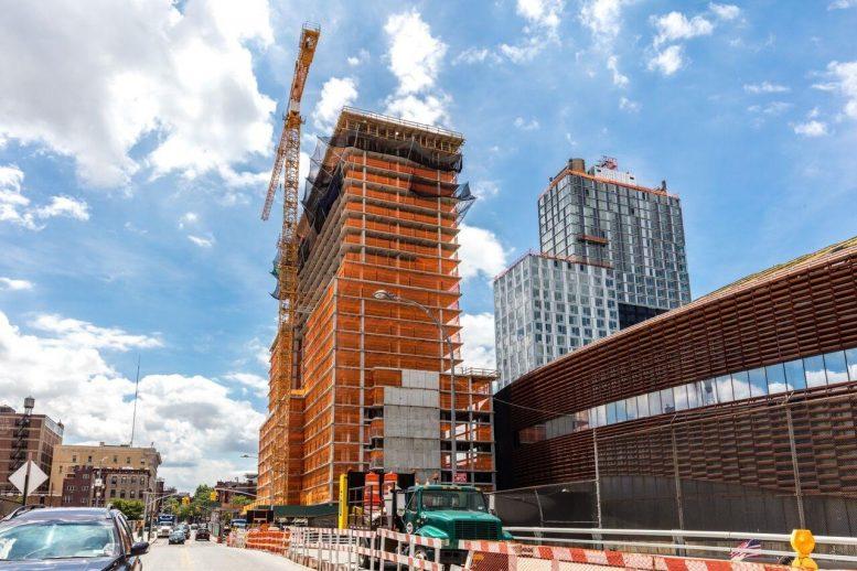 38 Sixth Avenue