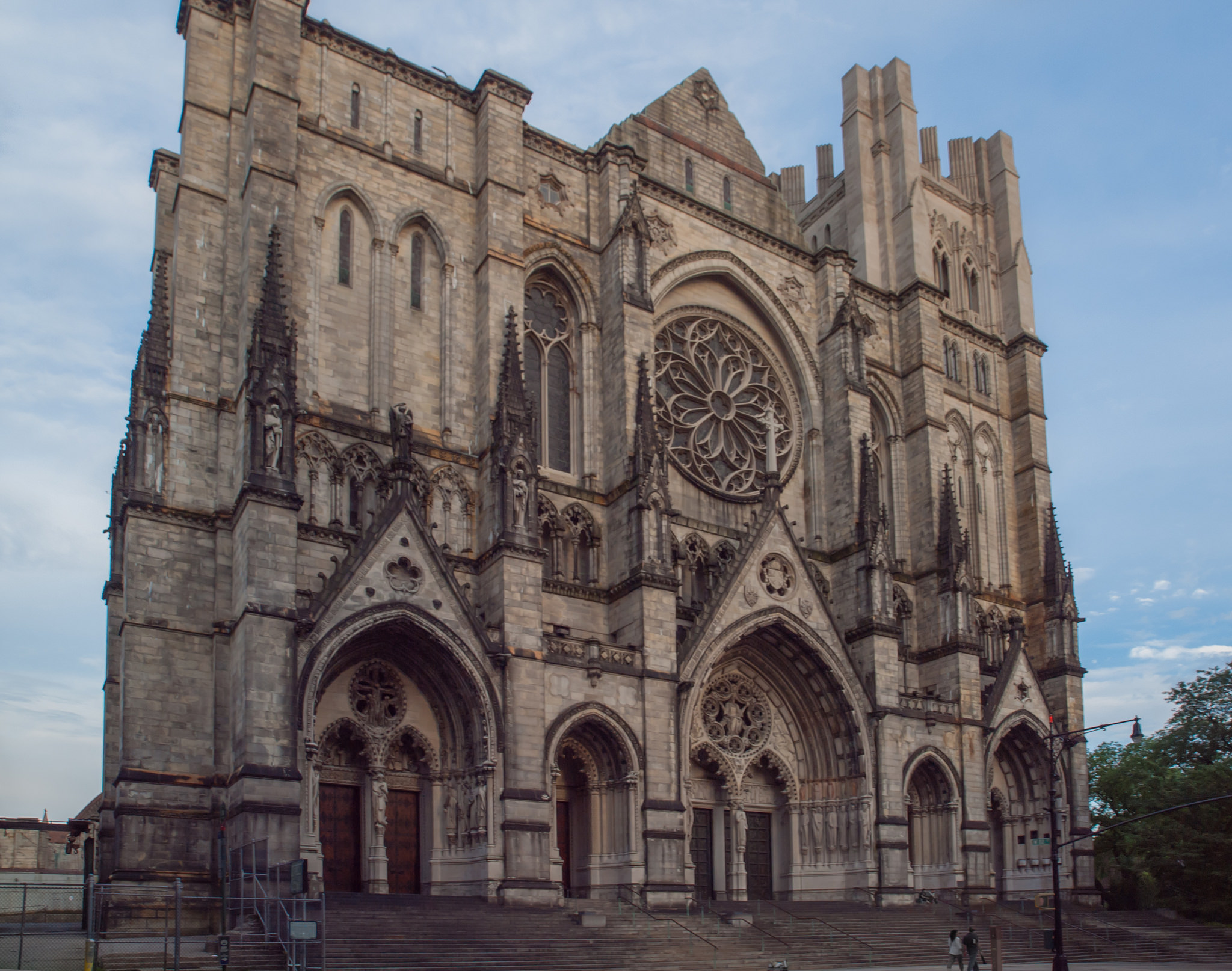 Cathedral Church of St. John the Divine, 2012. Credit: Frano Folini/Flickr