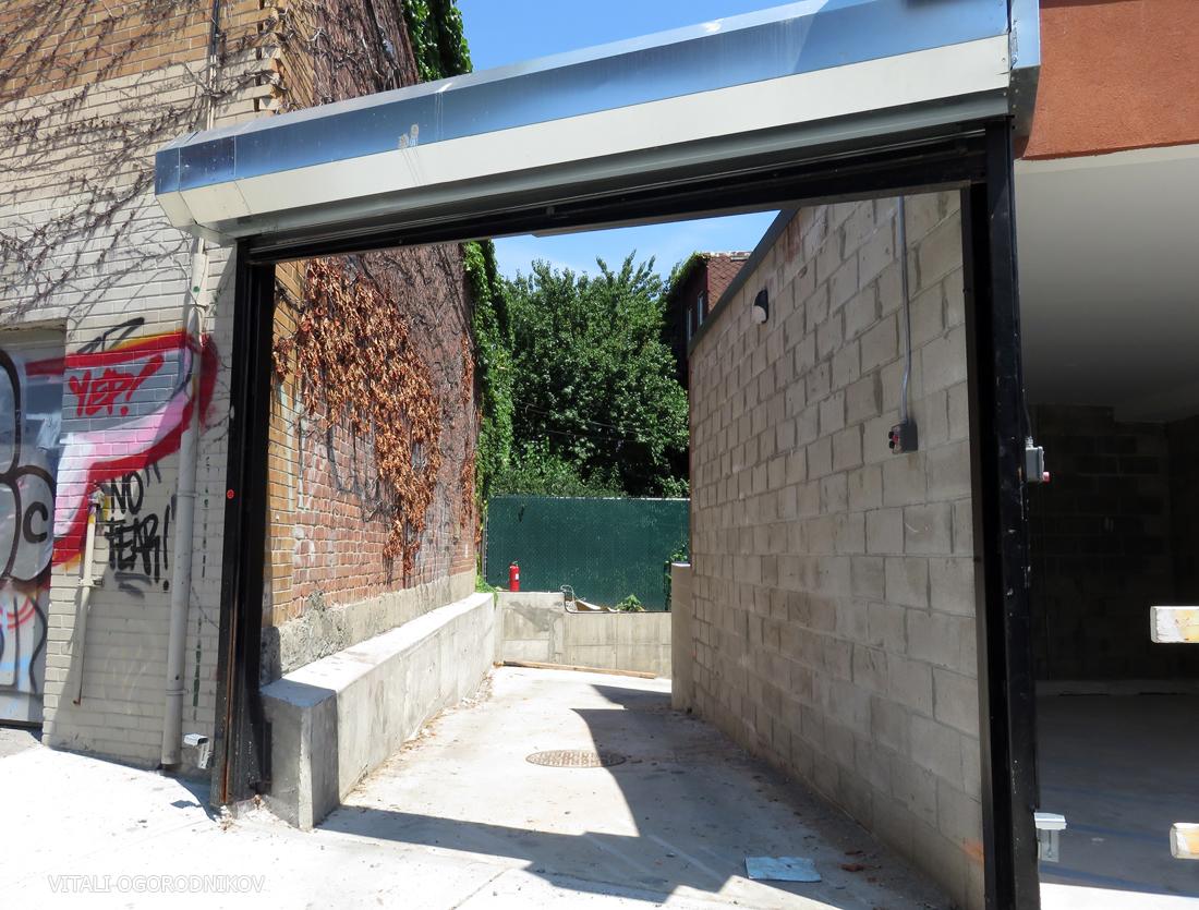 IMG_5687-83-Bushwick-Place-driveway-small-wmark