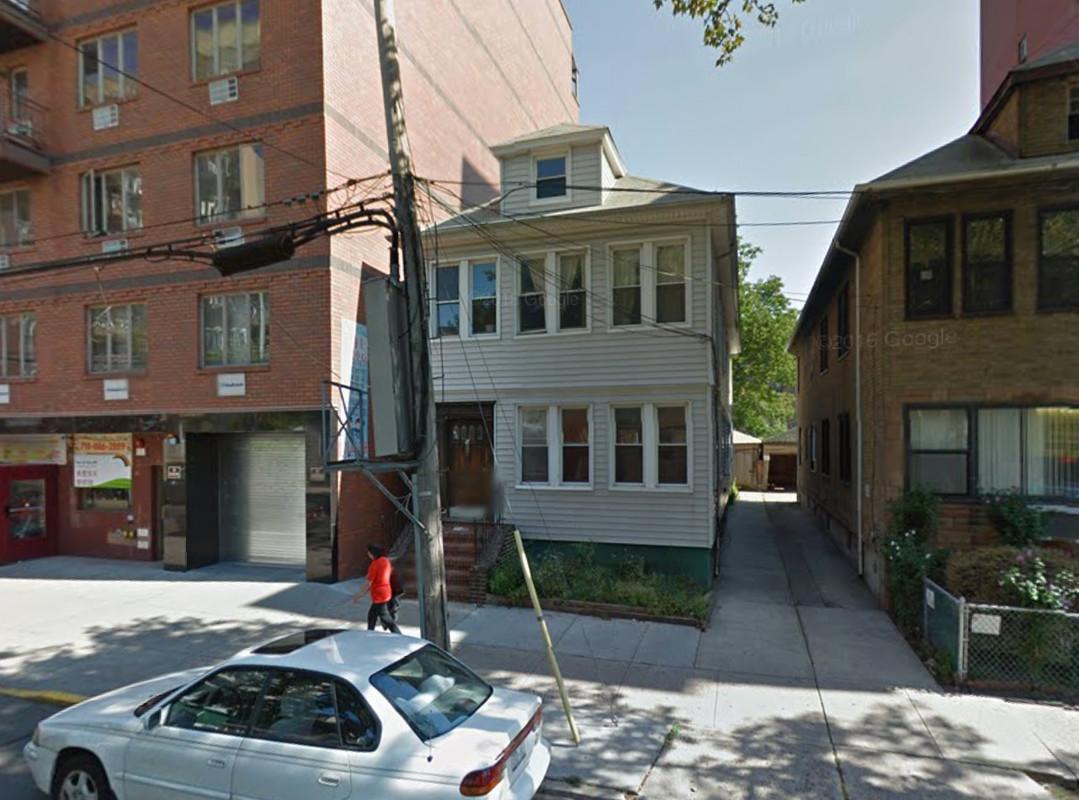 140-20 Cherry Avenue