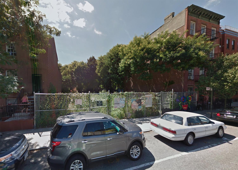 346 Bergen Street, August 2016. Via Google Maps