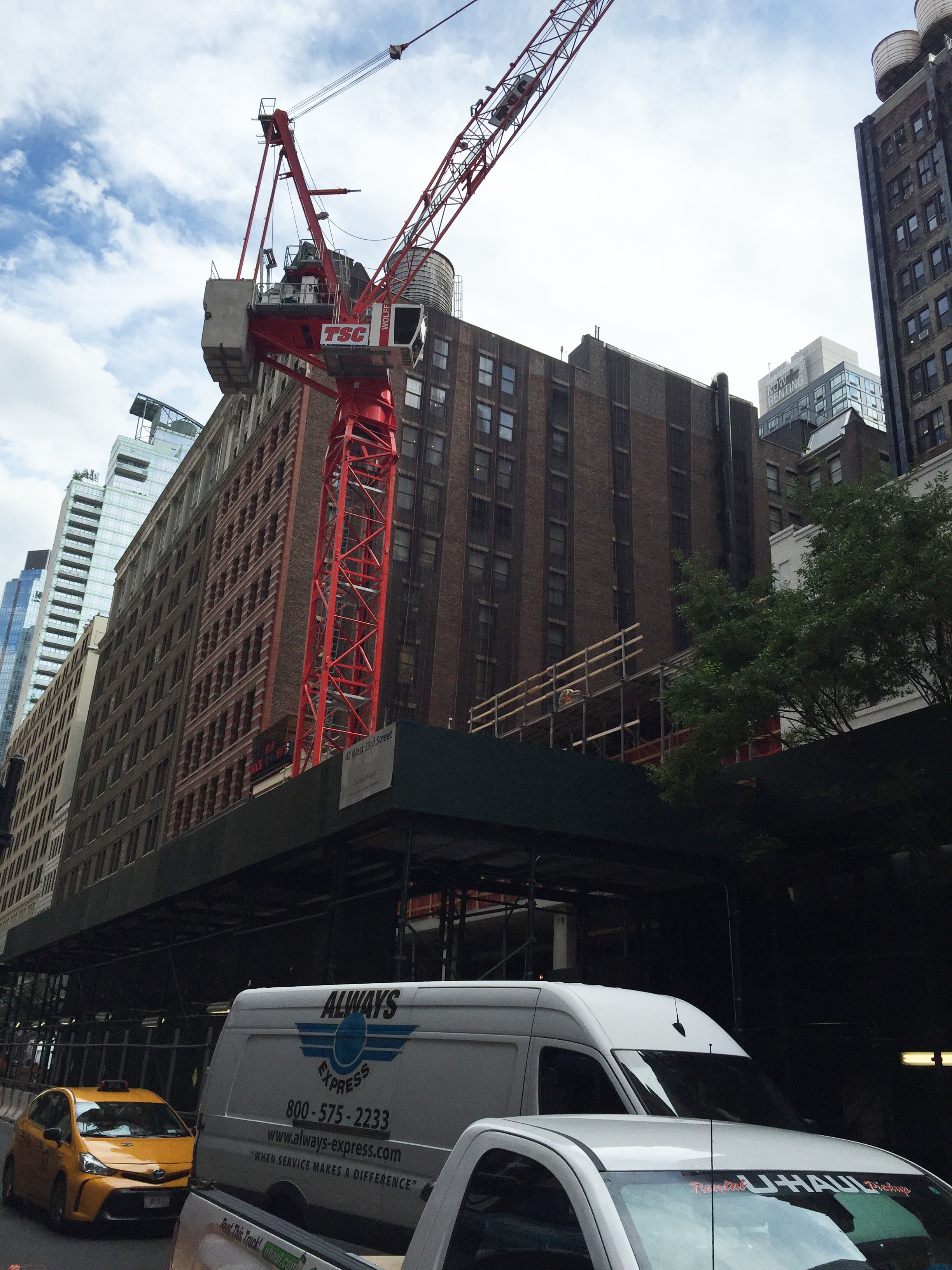 38 West 33rd Street. Photo by nyc1 via the YIMBY Forums.q