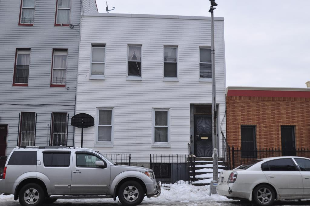 710 Hart Street