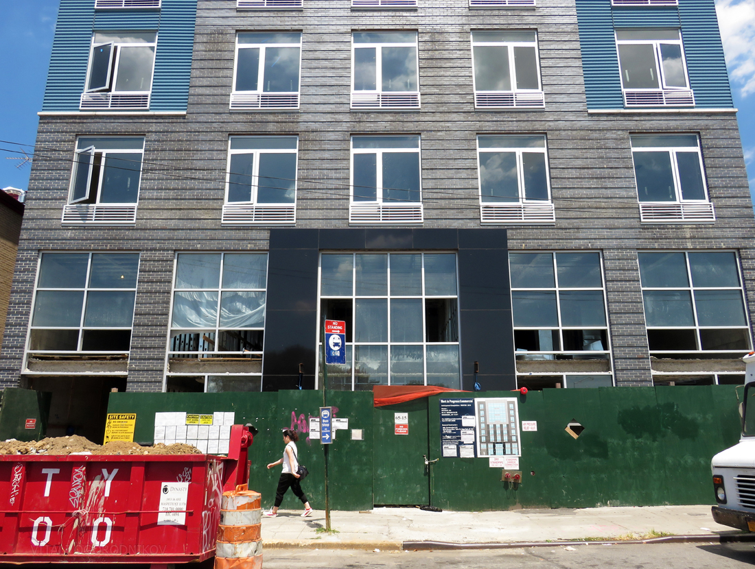 IMG_5983-65-15-Queens-Boulevard-base-small-wmark