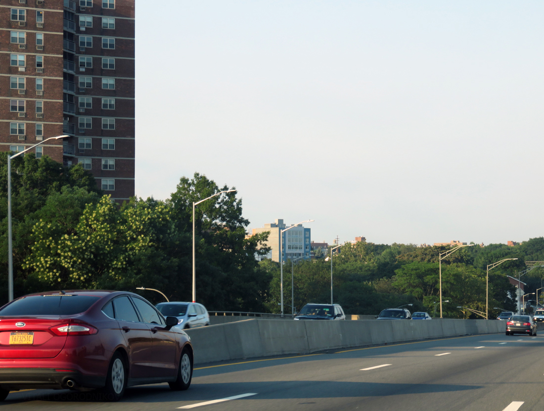 Looking northeast from the BQE. 65-15 Queens Boulevard is in the center, with a Big Six apartment tower on the left.