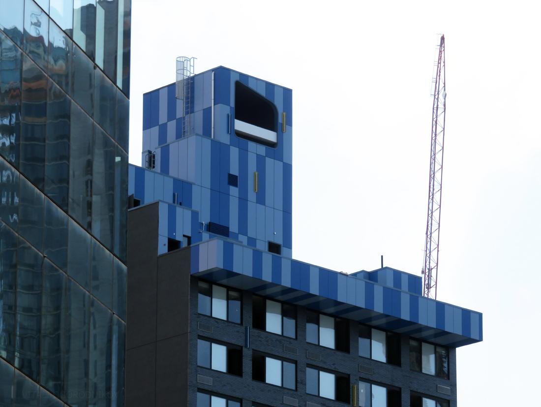 IMG_6747-LIC-Aloft-Hotel-top-small-wmark
