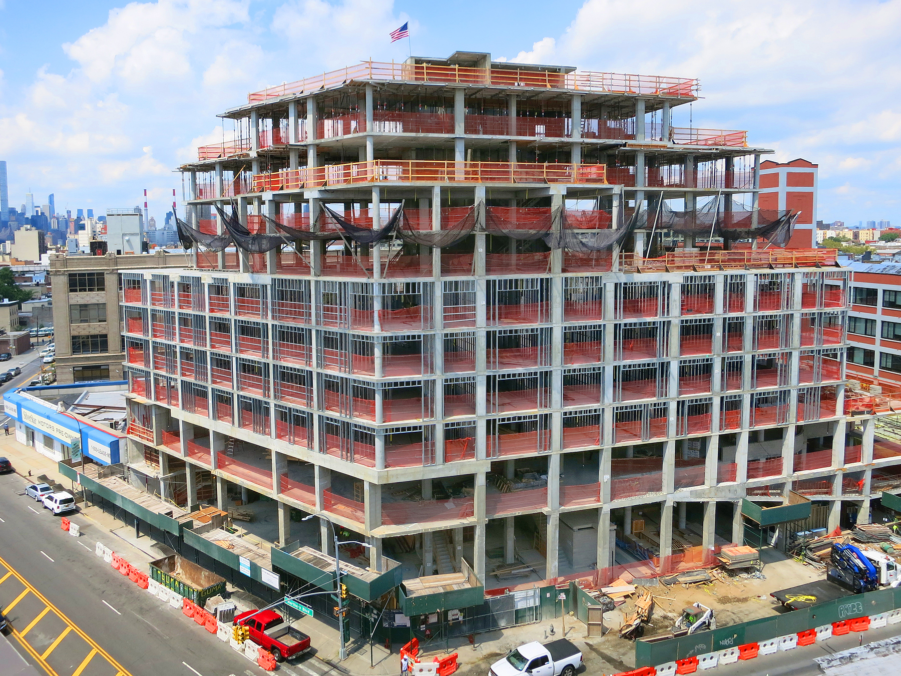Topped out 37-14 36th Street. Photo by Peter Wilk/Wilk Marketing Communications