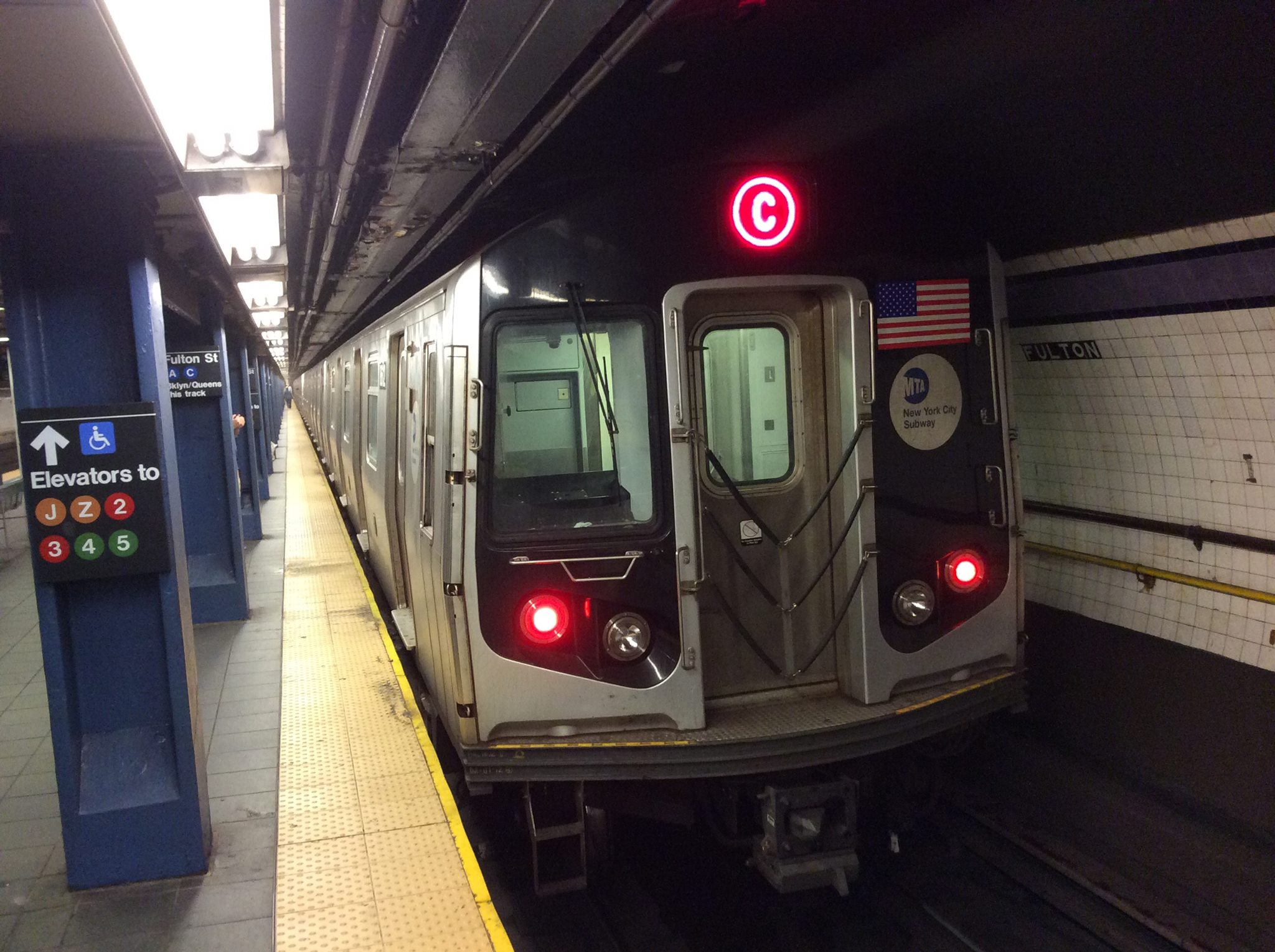 R160A C train at Fulton Street. Photo by JoesphBarbaro/Wikimedia Commons