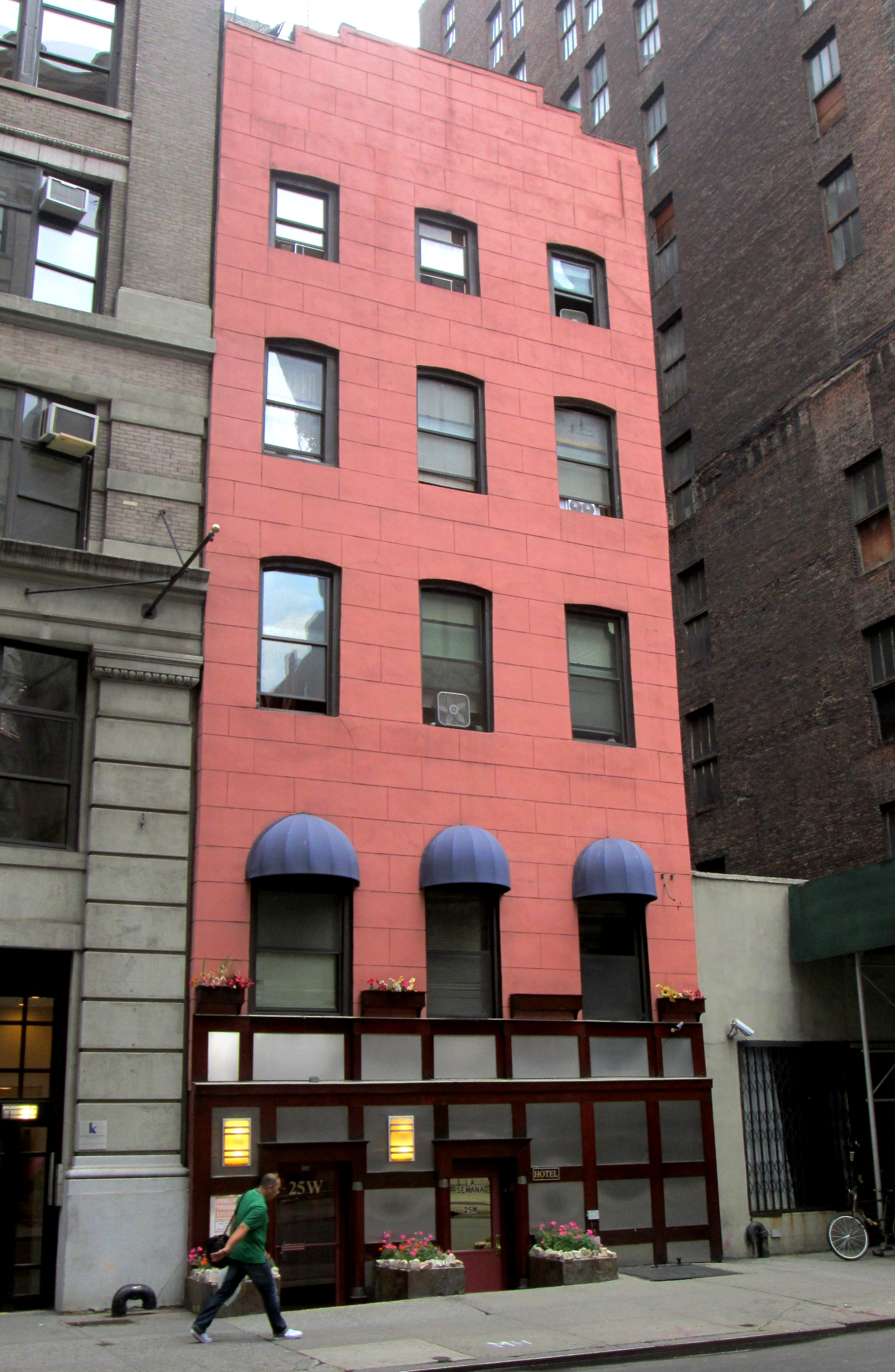 25 West 24th Street