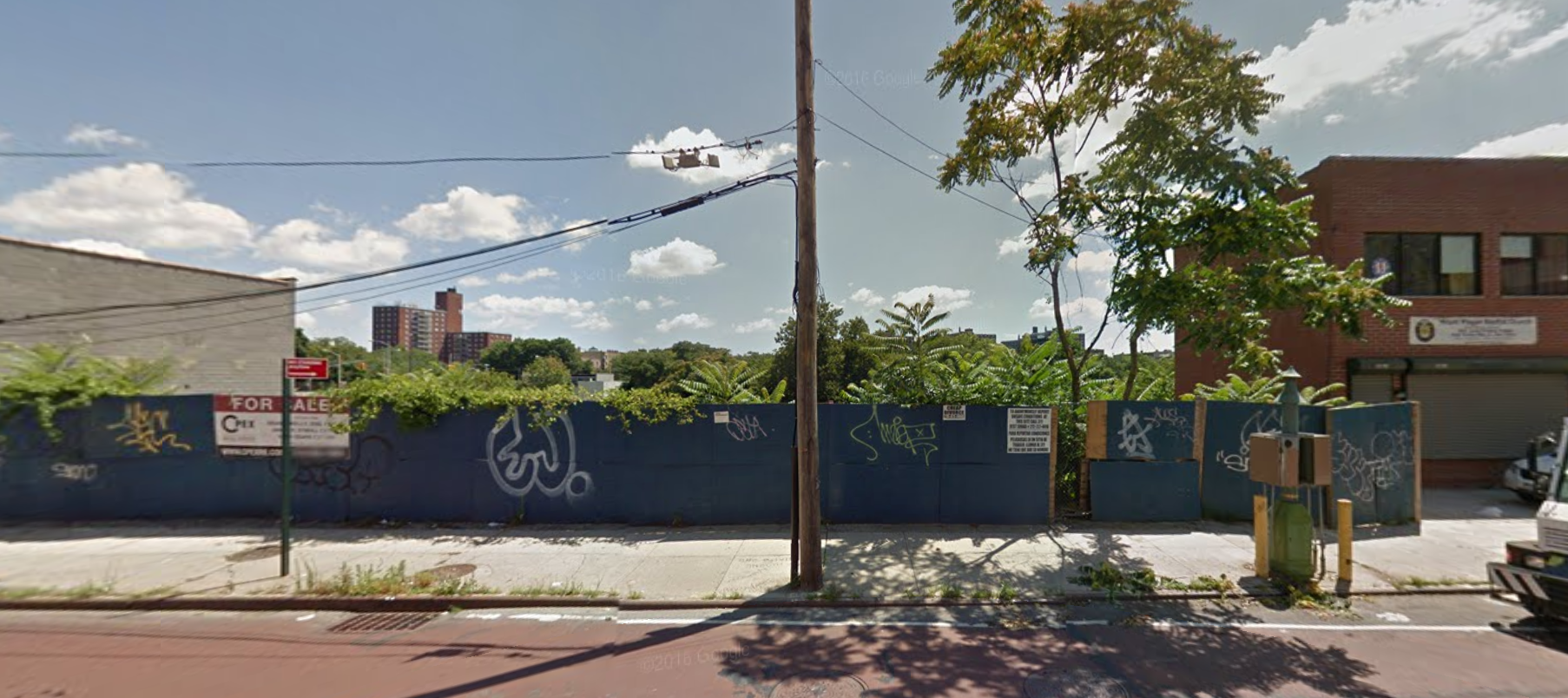 3466 Webster Avenue, image via Google Maps