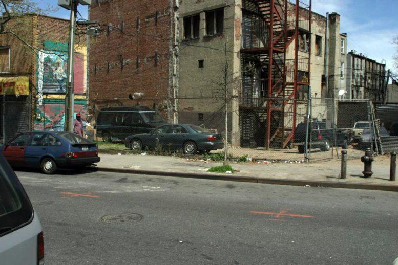 Vacant 571 Classon Avenue in 2006. Photo by Gregg Snodgrass via PropertyShark.
