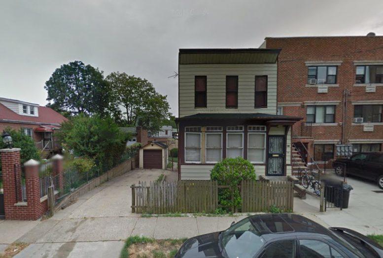 674 Maple Street