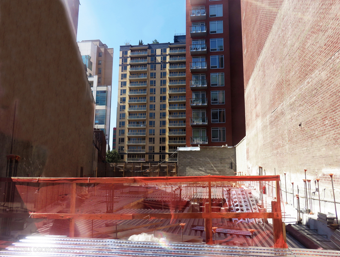 Steel Haus foundations at 41-32 27th Street. Looking west. Photos by the author.