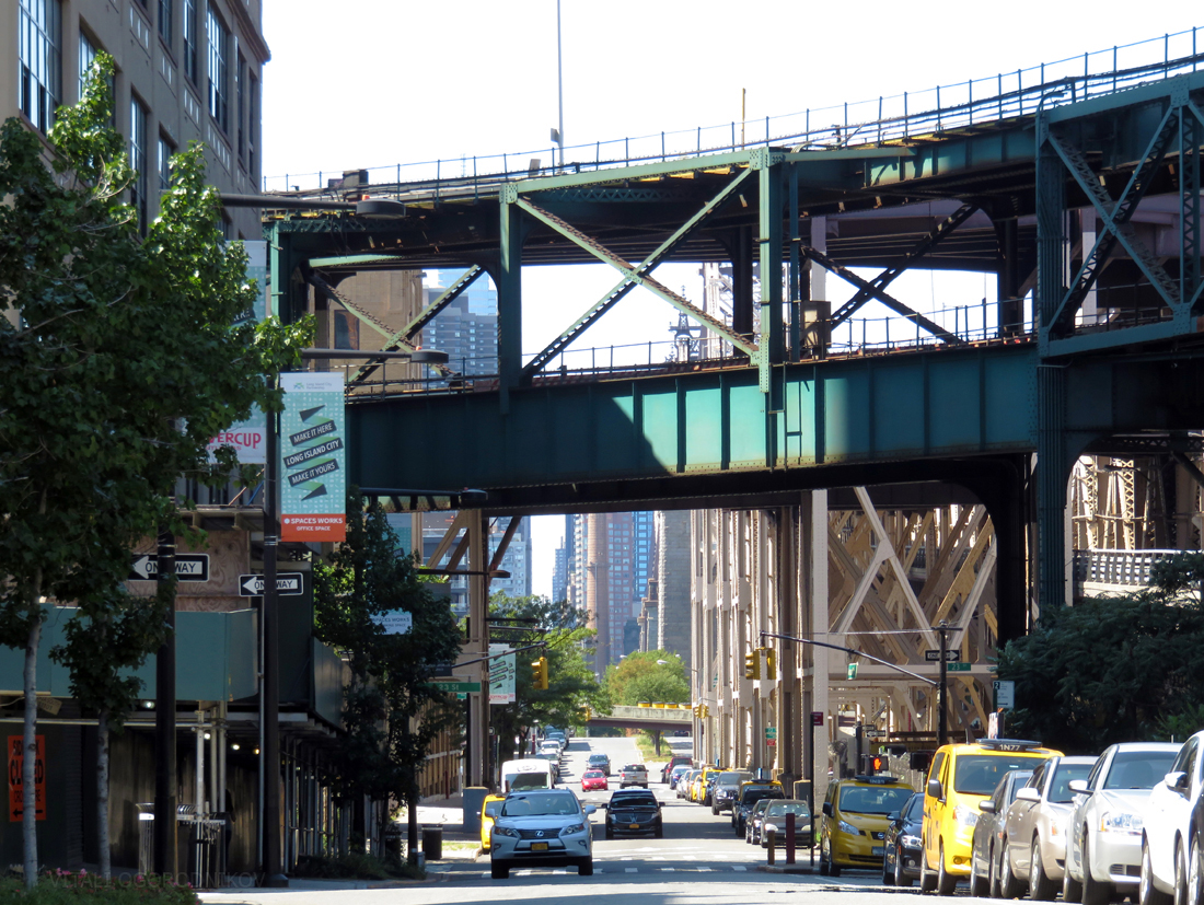 IMG_7634-Queens-Plaza-South-tothewest-small-wmark