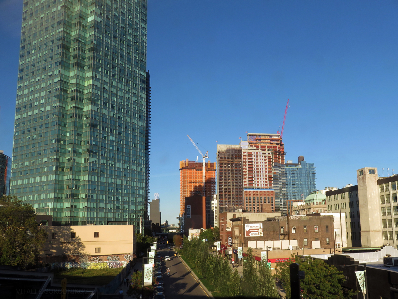 Under-construction buildings, from left to right: The Hayden (behind One Court Square), Aloft Hotel (background, center left), 28-10 Jackson Avenue, Watermark Court Square, The Harrison, and 44-26 Purves Street. The recently-completed Halo LIC is on the right.