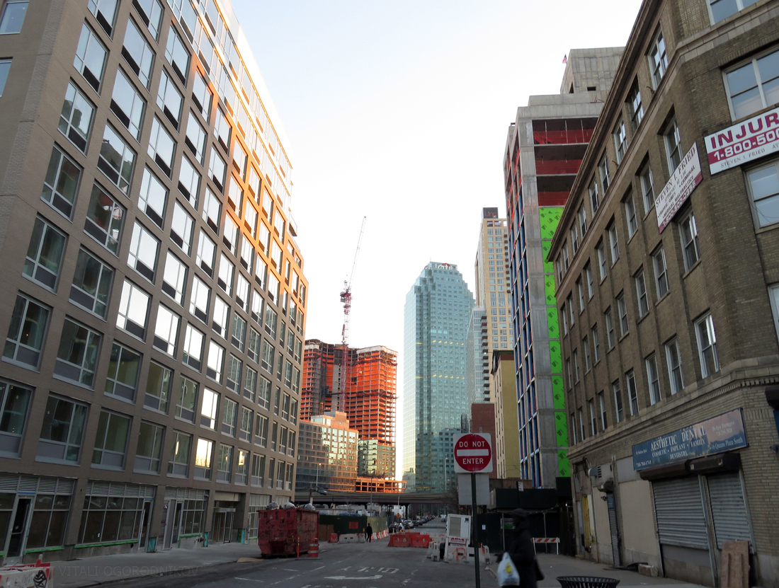 Crescent Street in February. Looking south. From left to right: Luna LIC, 41-20 27th Street (fence), The Hayden (background), One Court Square (center), Linc LIC, Factory House (red brick, behind the sign), Comfort Inn, 42-14 Crescent Street, 24-16 Queens Plaza South.
