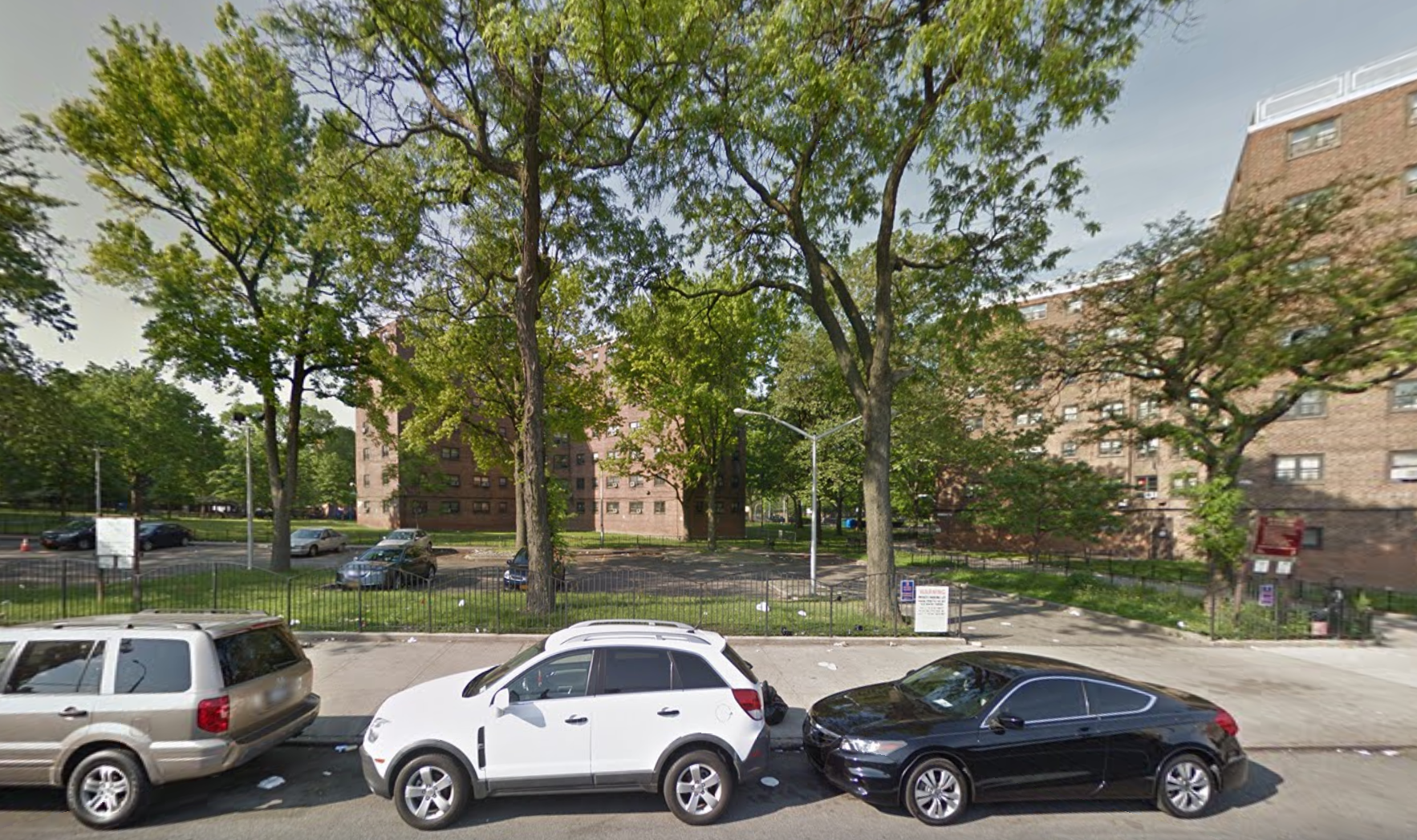3-24 27th Avenue, image via Google Maps
