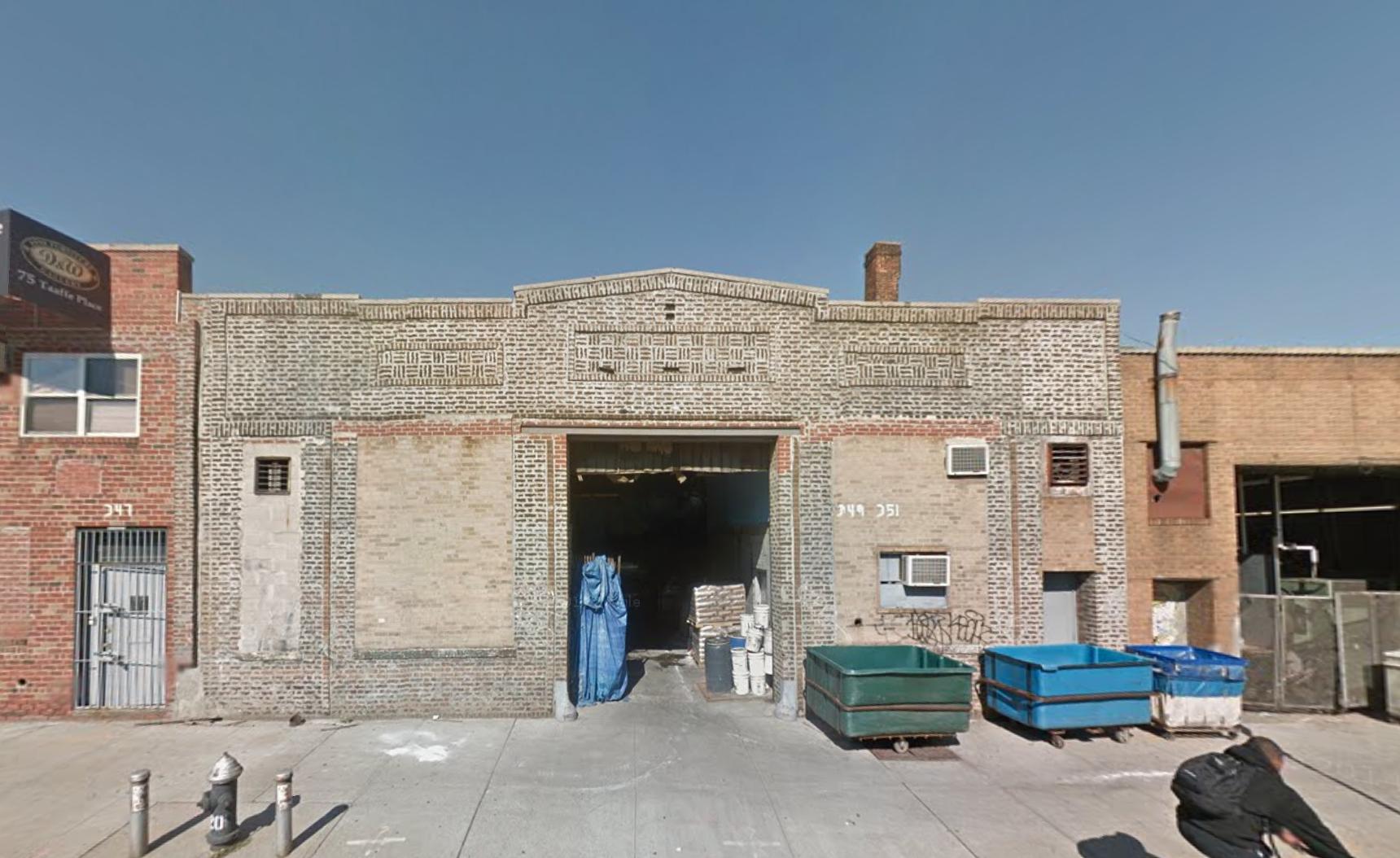 347 Flushing Avenue, image via Google Maps