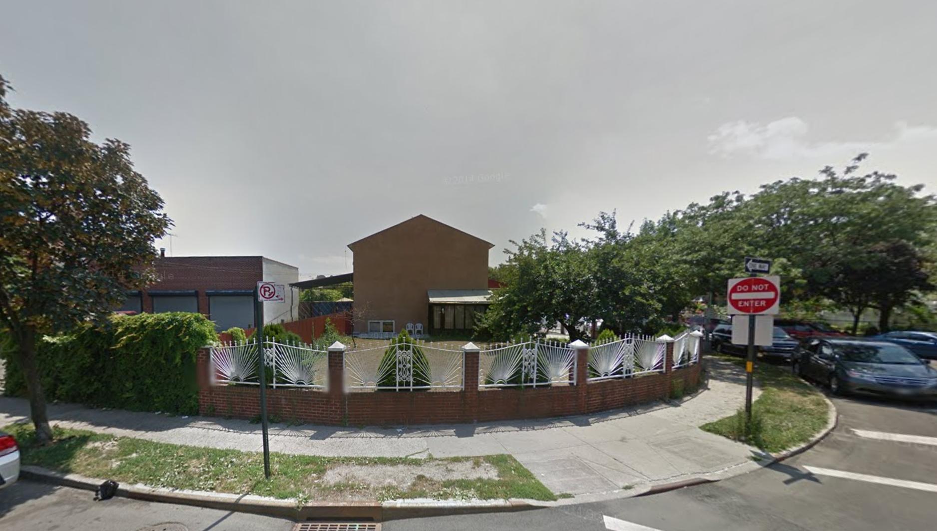 2180 Arthur Avenue, image via Google Maps