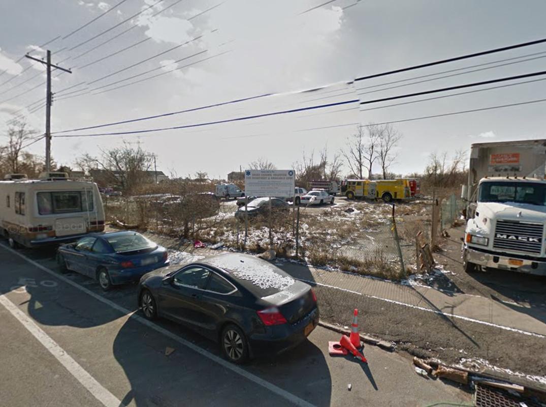 305 Cross Bay Boulevard