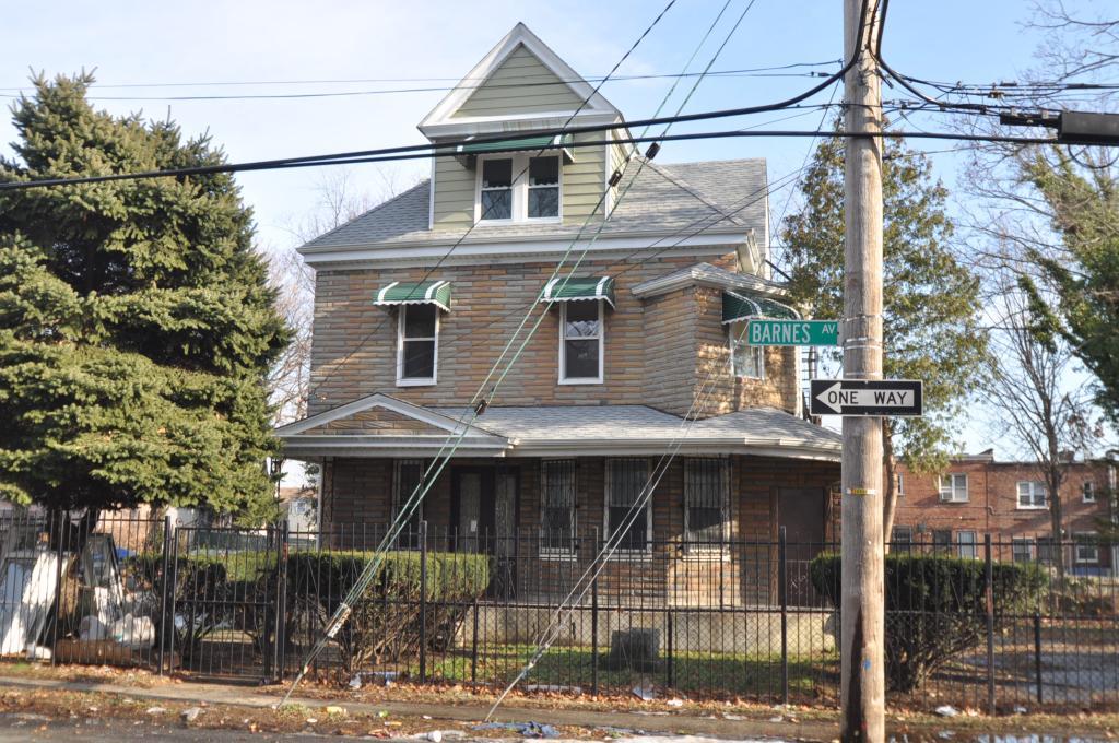 4820 Barnes Avenue