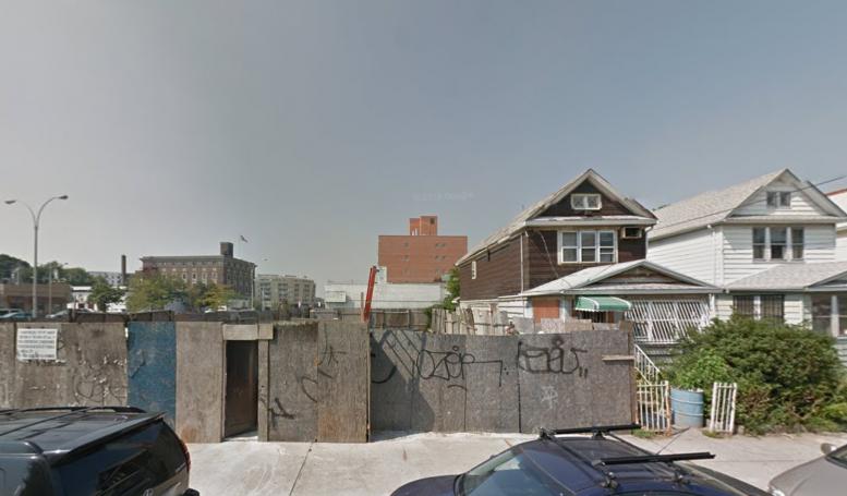 51-20 Van Loon Street, image via Google Maps