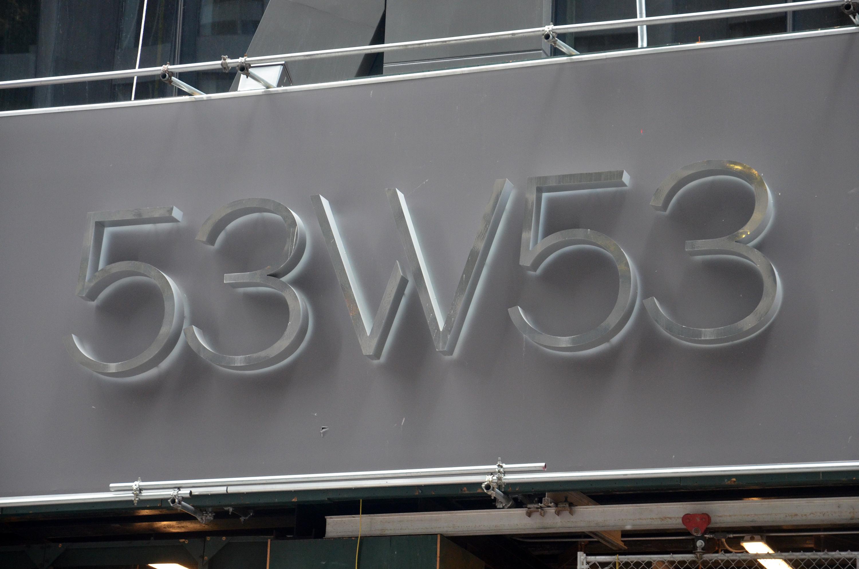 53W53 construction signage