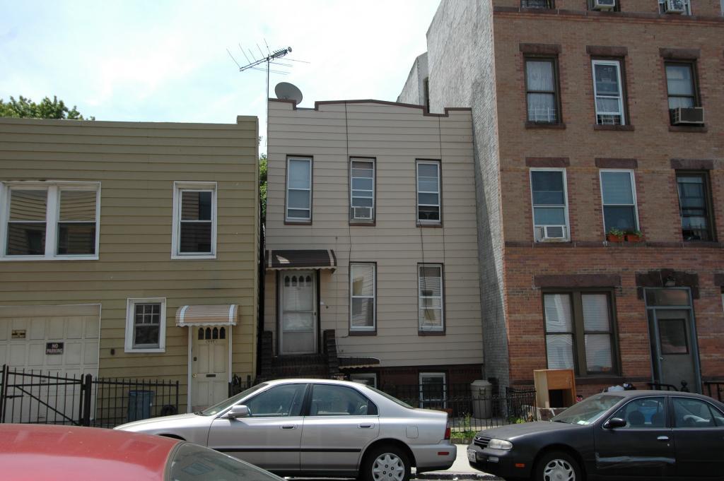 328 21st Street